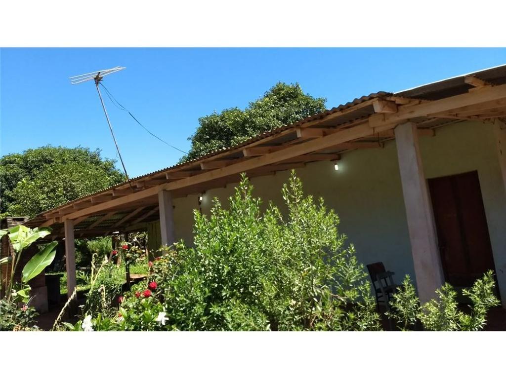 Terreno en venta con casa precaria en Posadas