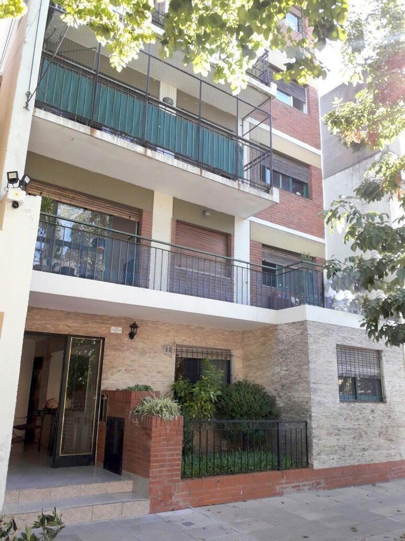 Estomba 2100 Belgrano R. 3 amb. 2 dorm. 66 m2. Balcón terraza. Lavadero. Muy luminoso