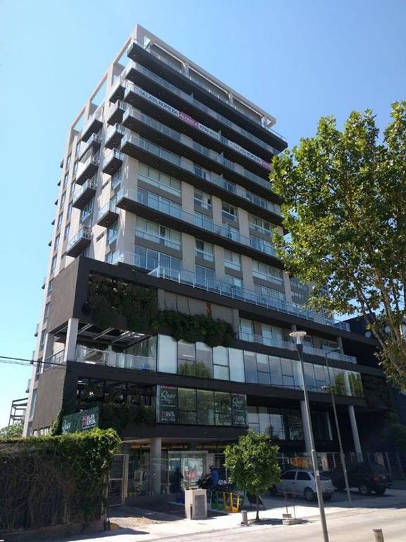 Oficina - Alquiler - Argentina, Olivos - Boulevard Camacua  AL 400