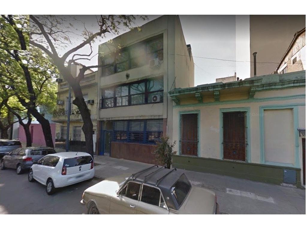 Departamento tipo casa de 4 ambientes con dependencia, en  San Cristóbal