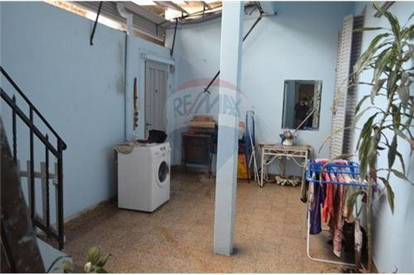 Luminoso PH, 4 ambientes + peq. vivienda 1er piso