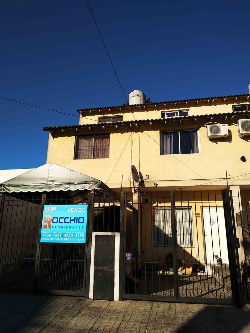 XINTEL(ROC-RC1-1527) Casa - Venta - Argentina, General San Martín - Belgrano  7656