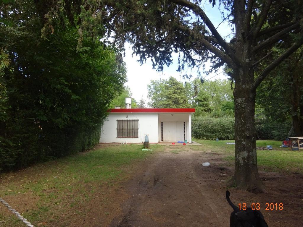 CASA  - Dos Dormitorios - LA LONJA - PILAR -  Buena Ubicación - Cerca de Ruta 8 y calle Saravi-