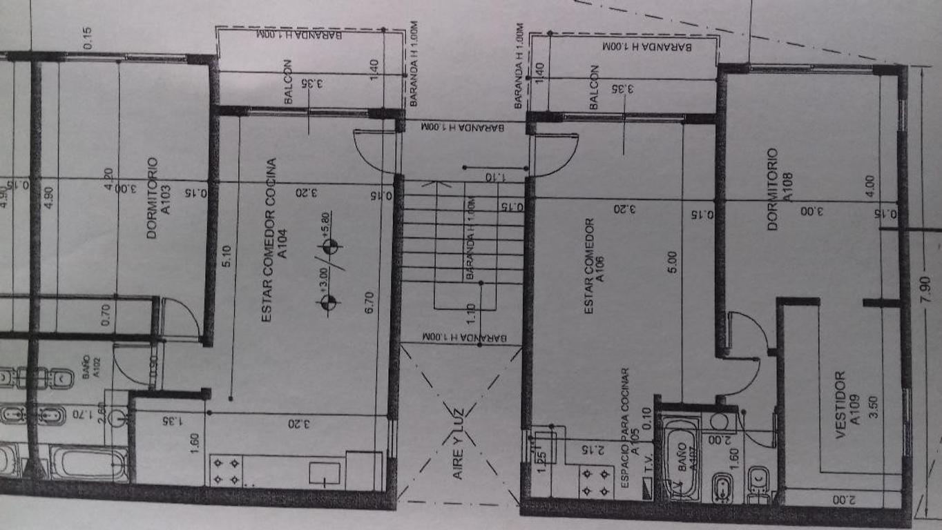 Terreno de 15,00 x 59,00. Con planos aprob. para 14 unidades de 2 amb.con coch.A 4 cdras de Panamer