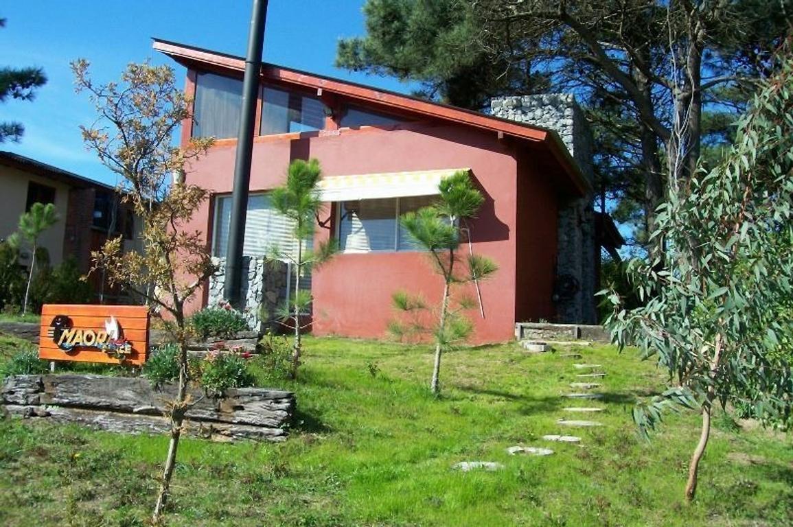 Excelente propiedad a 100mts del Mar sobre un lote multi-familiar-hotelero  en Las Gaviotas