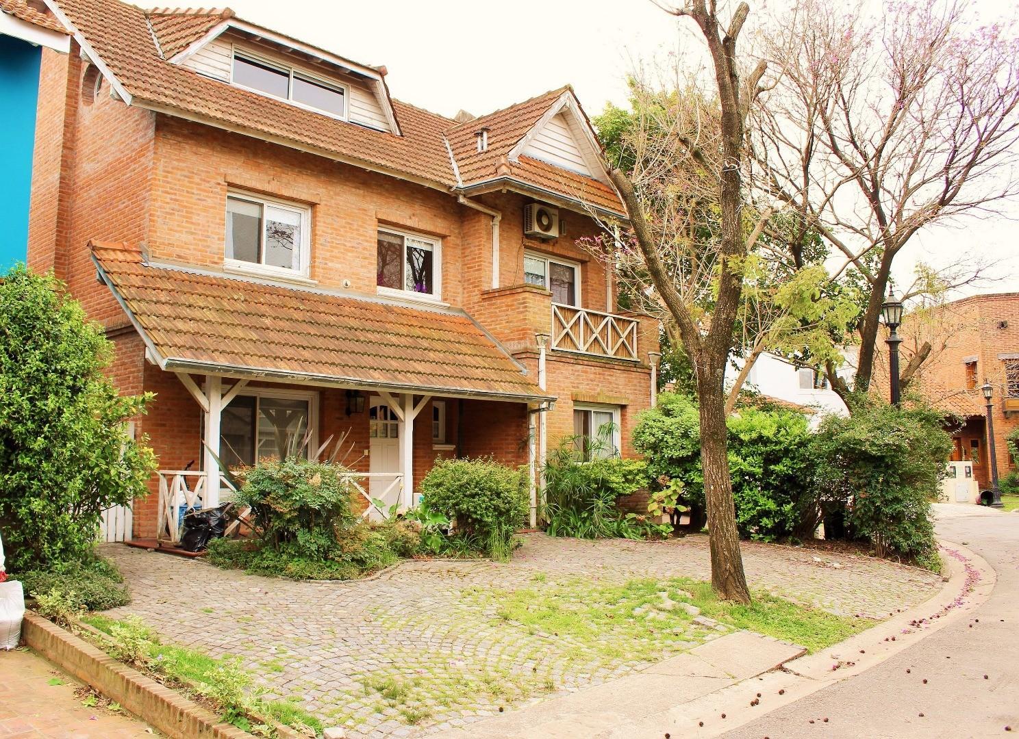 Casa en Venta Barrio Los Faroles, 4 Dormitorios, La Merced, Beccar, San Isidro