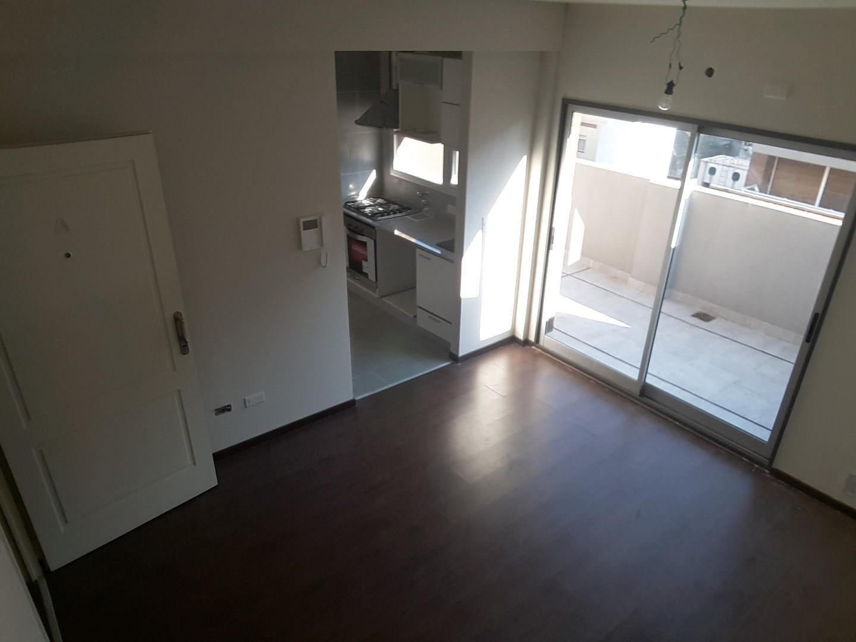 Venta:Semipiso  MONO AMB. 35 m2- c/ cochera -1 Dormitorios /baulera y balcón 20 M2 aterrazado
