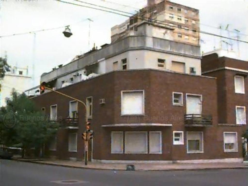 DOS AMPLIOS AMBIENTE FRENTE BALCÓN  --  TOTALMENTE RECICLADO   --  APTO CREDITO BANCARIOS