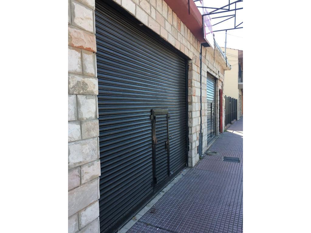 Local en zona Comercial, 80 m2. DUEÑO ALQUILA.