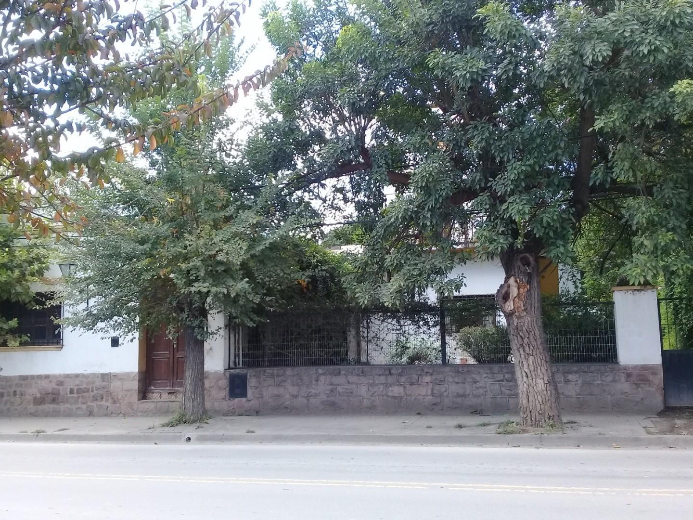 Casa en Venta en Cerrillos - 6 ambientes