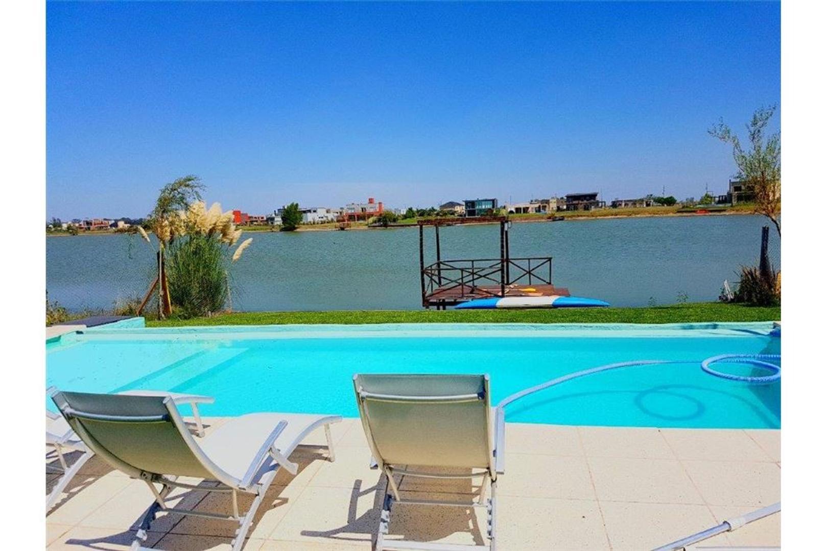 Soñada Residencia a la Laguna C/Muelle Propio