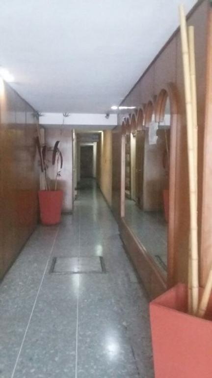 Venta departamento 3 ambientes Lanús centro