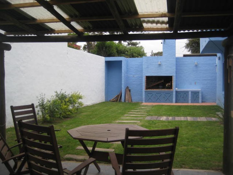 Casa - 230 m² | 4 dormitorios | 25 años