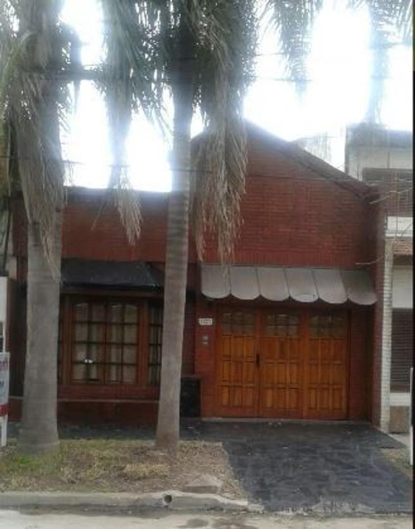 Casa en Venta en Castelar Norte - 3 ambientes