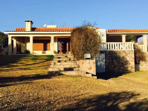 Vendo Exclusiva propiedad en Salsipuedes Sierras de Córdoba, a 15 min del aeropuerto por autopista