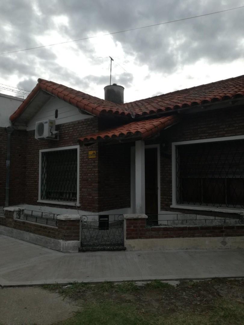 Casa en Venta en El Palomar - 4 ambientes