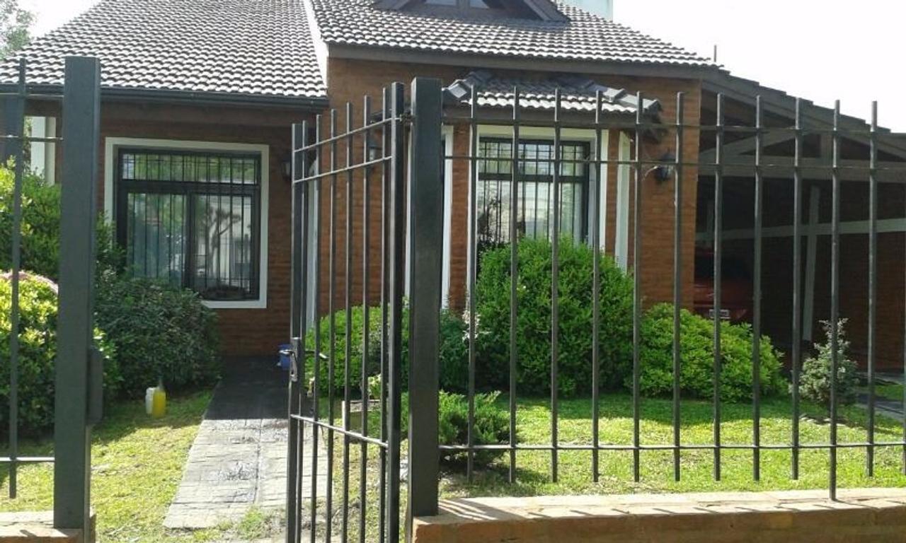 Excelente Casa en venta en Open Door. Apta crédito