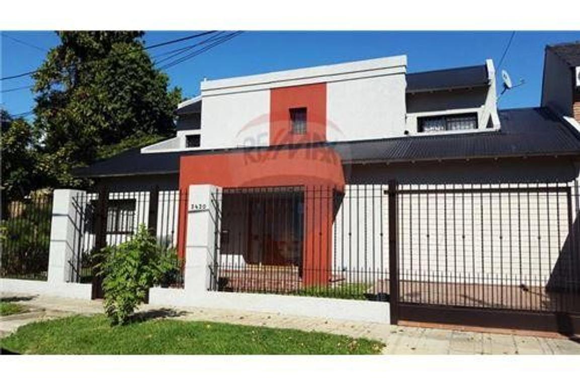 Hermosa Casa en Castelar - Excelente Ubicación