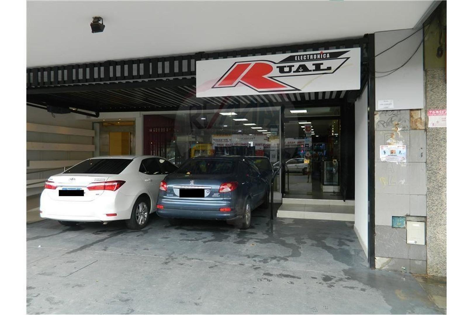 Local Comercial en el centro de San Martin.