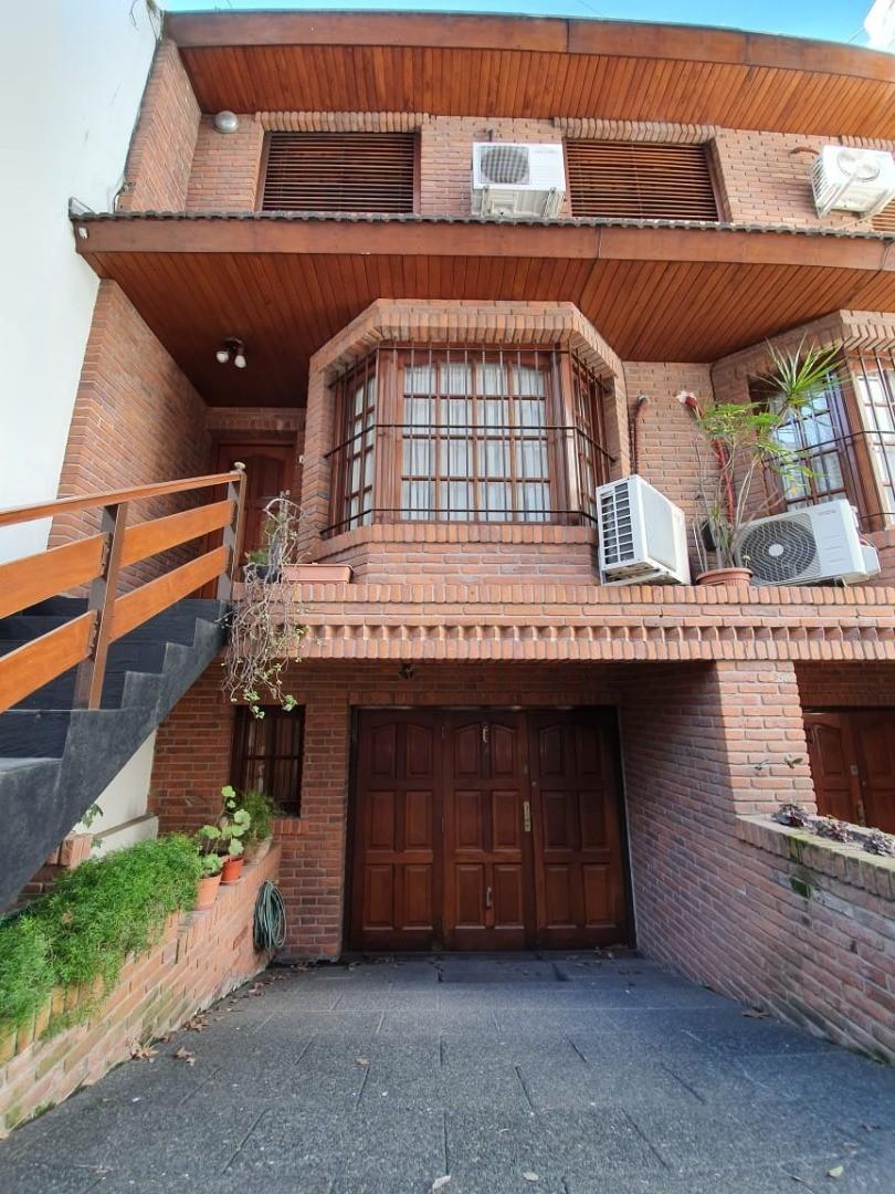 Casa en Venta en Urquiza R - 5 ambientes