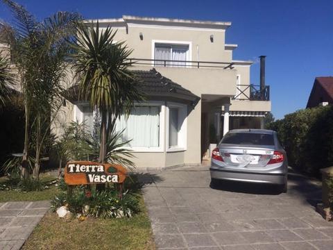Casa  en Alq. Temporario ubicado en C.C. Banco Provincia, Zona Oeste - OES0778_LP122573_1
