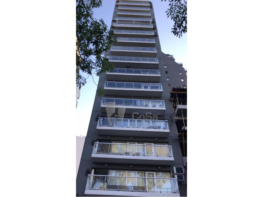 Alquiler departamento amueblado Av. Belgrano 700 1 dormitorio + comodín. Vista Río.