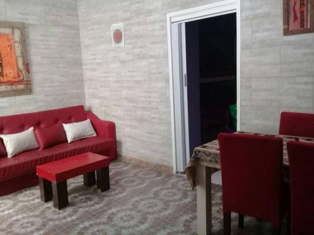 Departamento en venta en belaustegui 600 paternal for Muebles living comedor modernos