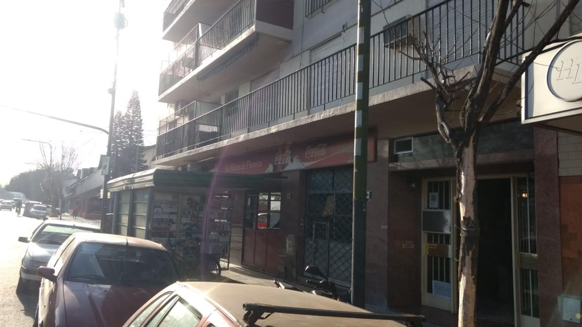 Departamento en Alquiler en Parque Avellaneda - 3 ambientes