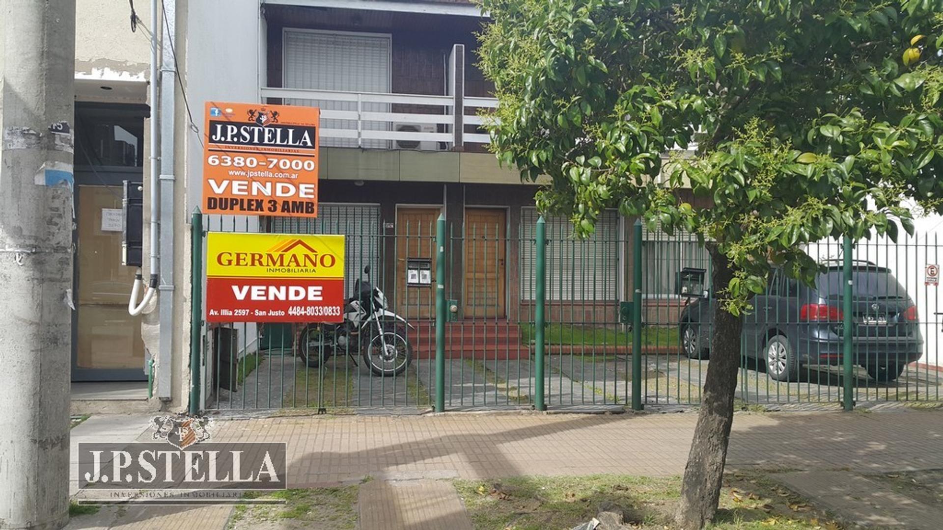 DUPLEX 3 AMB C/Entrada de Auto -APTO CREDITO - Av. Pte. Juan D. Peron 3274 - San Justo (CTRO)