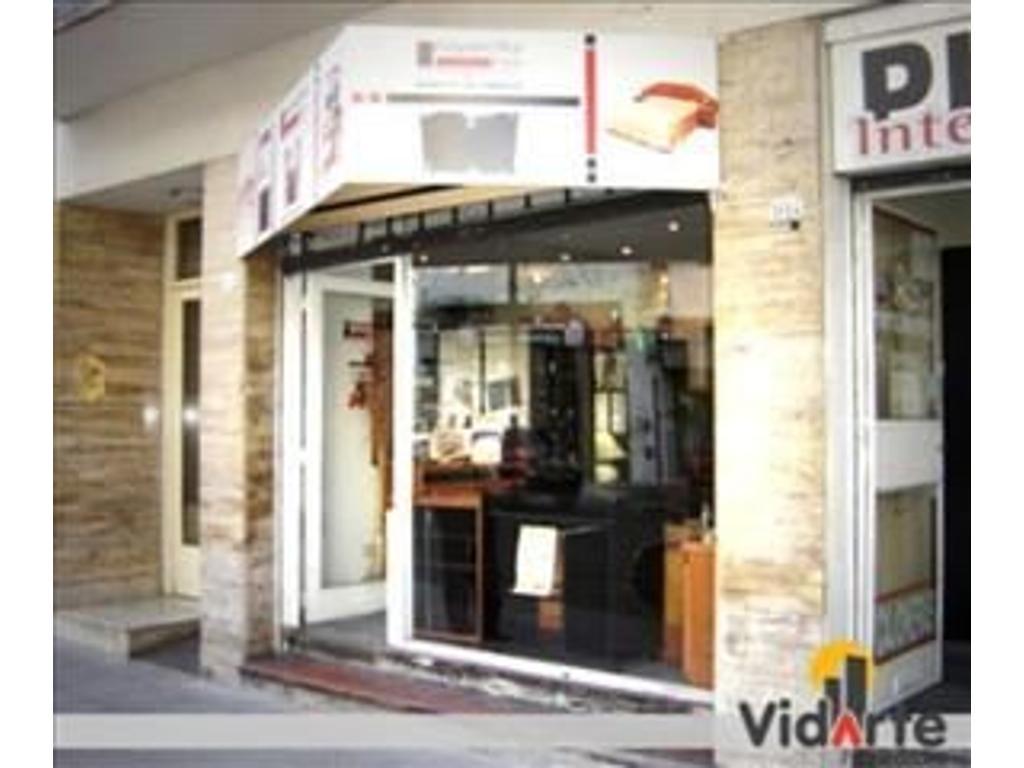 Local Comercial en Alquiler Zona Mueblerías s/Gavilán y Av. Juan B Justo
