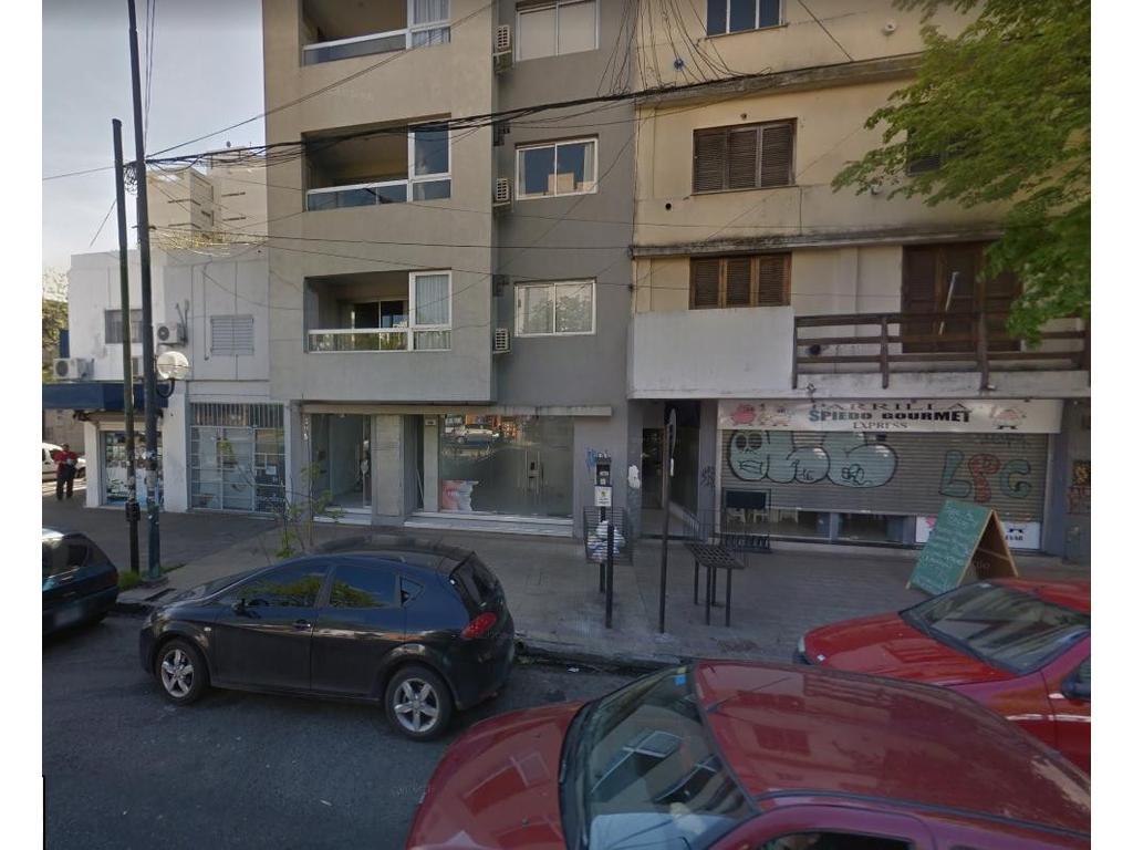 Local En Alquiler En 44 E 8 Y 9 Piso Pb Al 700 La Plata