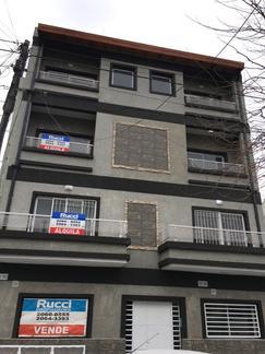 ph 3 amb.en duplex 2º piso por escalera