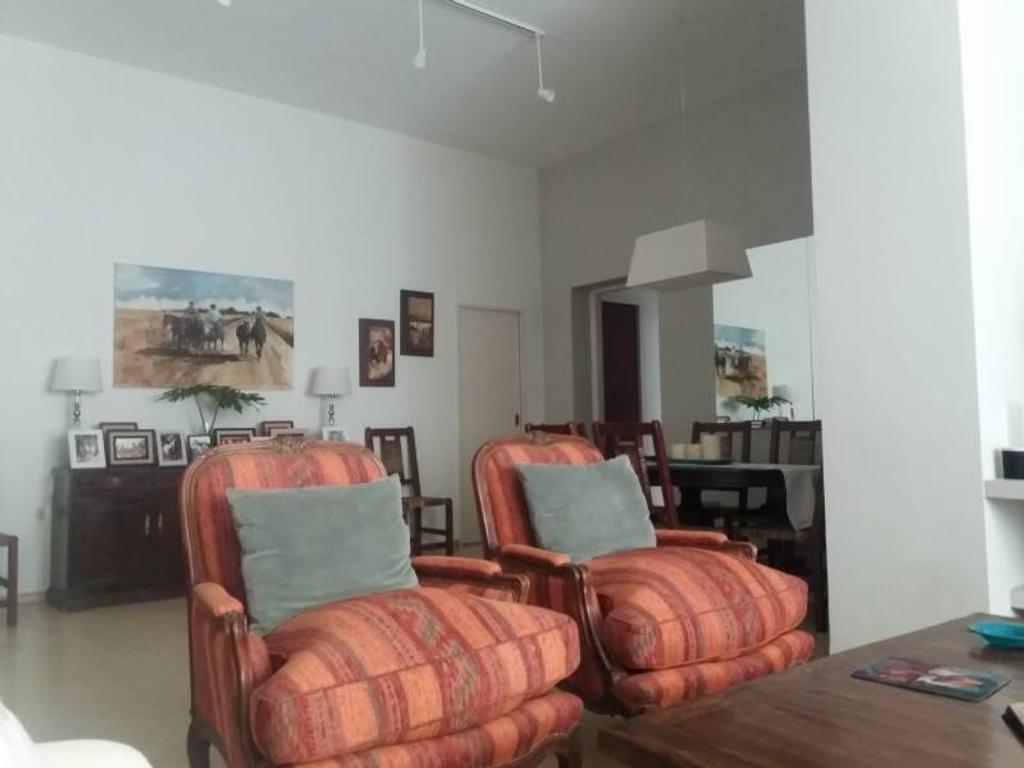 Adriana 1556341319 Living comedor articulado 3 dormitorios suite 2 baños cocina lavadero dependencia