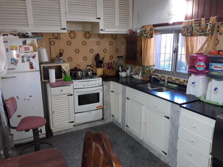 Casa en Venta - 4 ambientes -