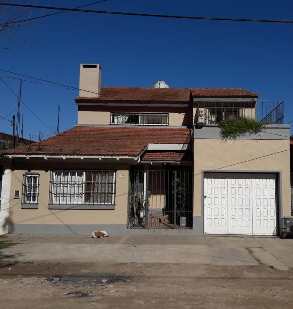Casa en Venta en Belen De Escobar - 4 ambientes
