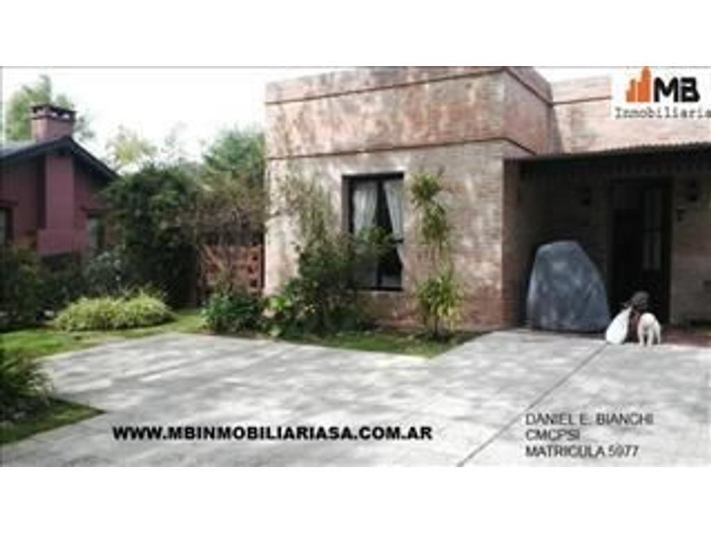 Tigre venta casa de 4 ambientes con pileta en Santa Maria del Tigre
