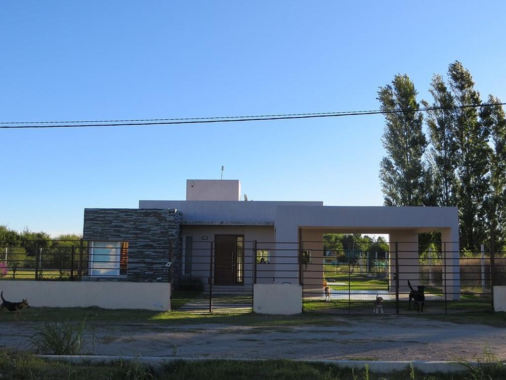 Loteo La Cañada, casa 2 dormitorios. San Luis, Juana Koslay.
