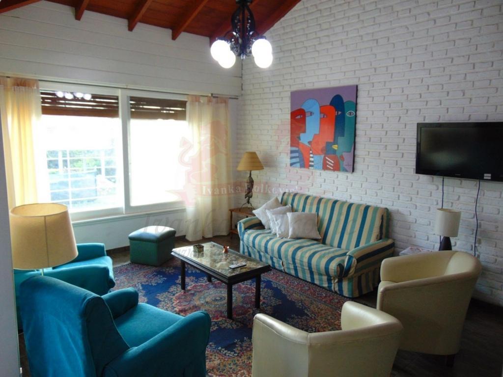 Alquiler Casa Enero 2018 100 m de La Playa! - Pinamar- Wifi
