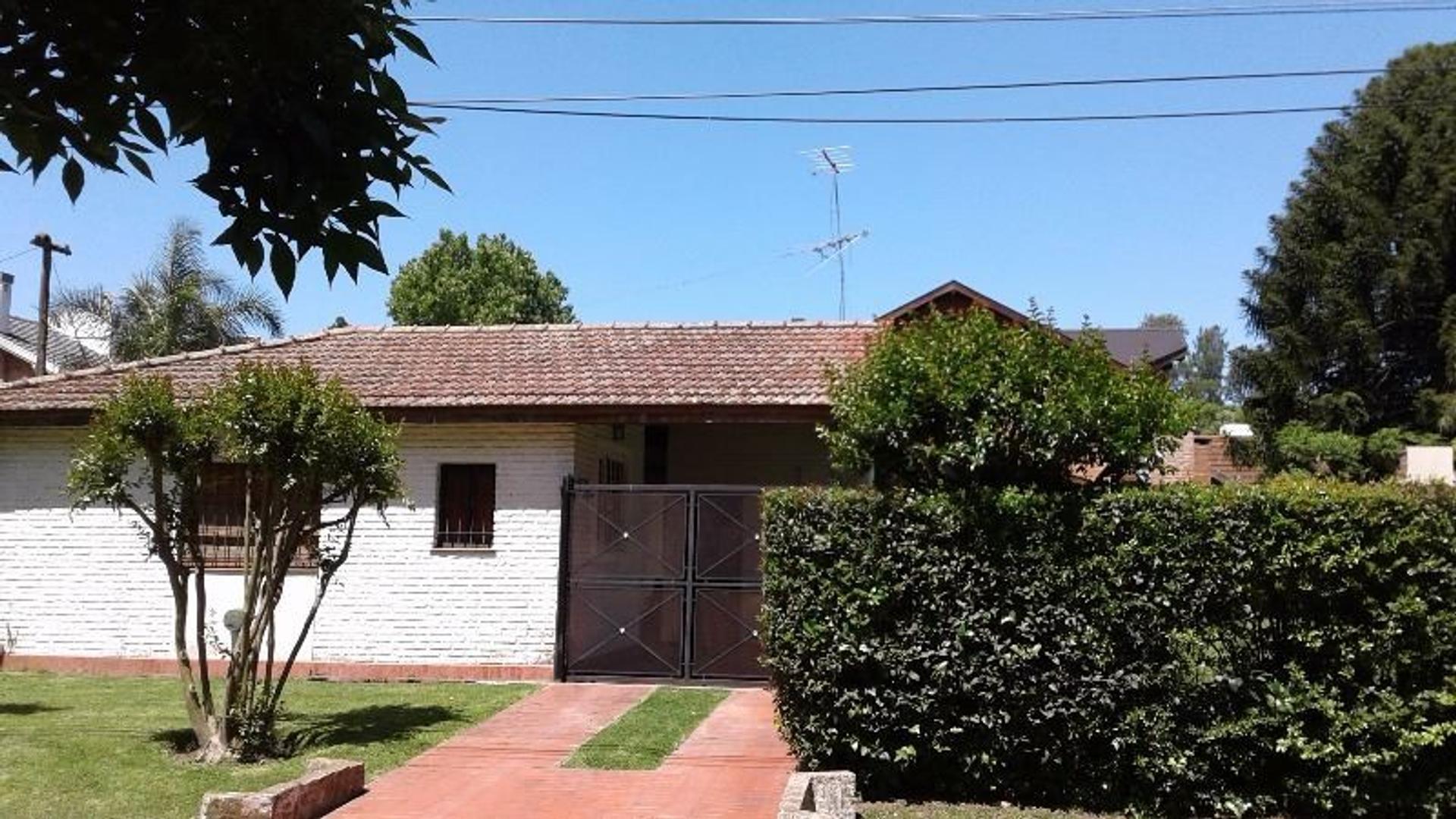 Casa en Venta - 3 ambientes -