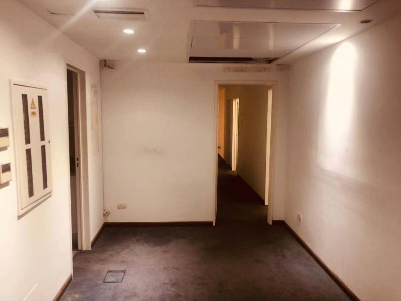 Oficina en Alquiler en Congreso - 6 ambientes