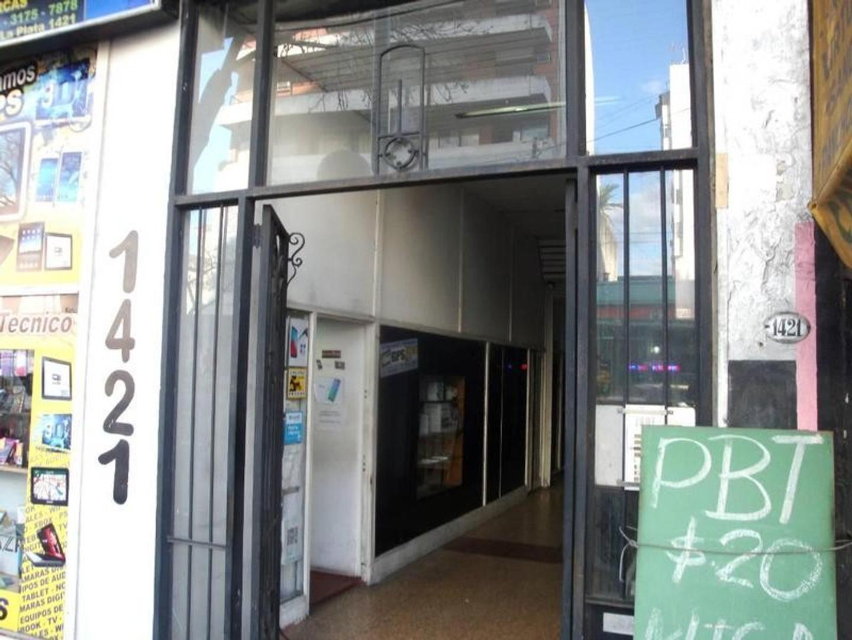 Local -Av La Plata 1400 - Boedo