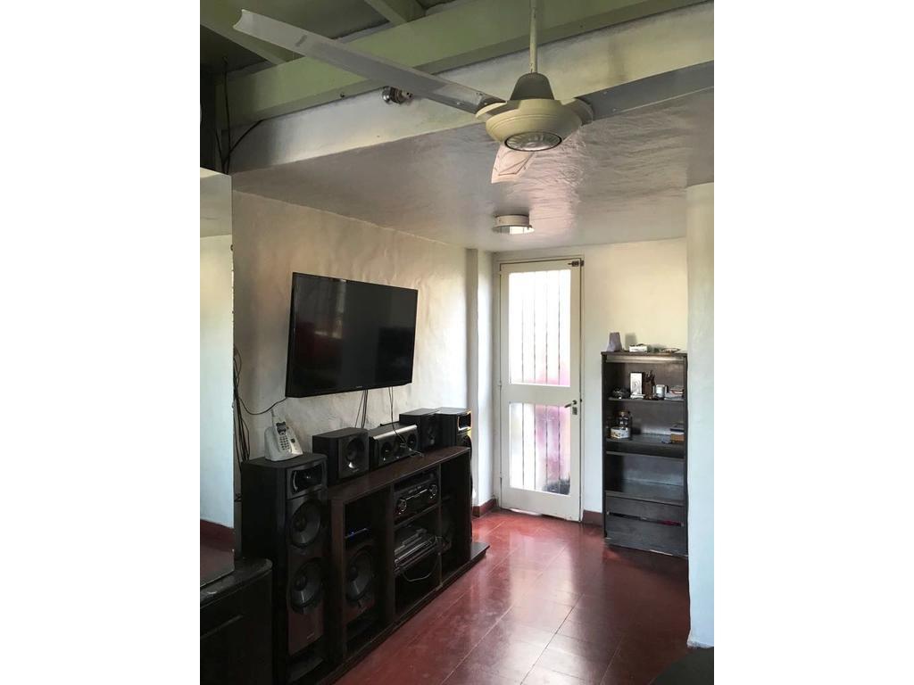 PH 2 ambientes muy lindo con patio en 1º piso x escalera, en dúplex. APTO CRÉDITO !!!