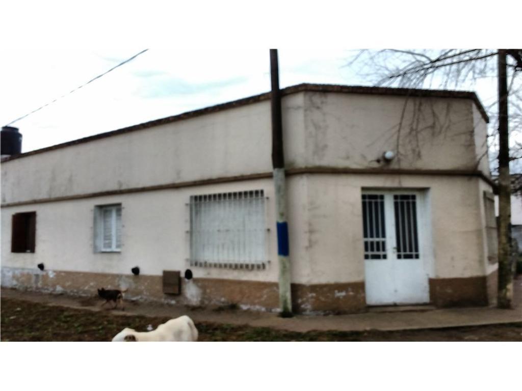 casa en venta en 66 y 166 10 los hornos argenprop