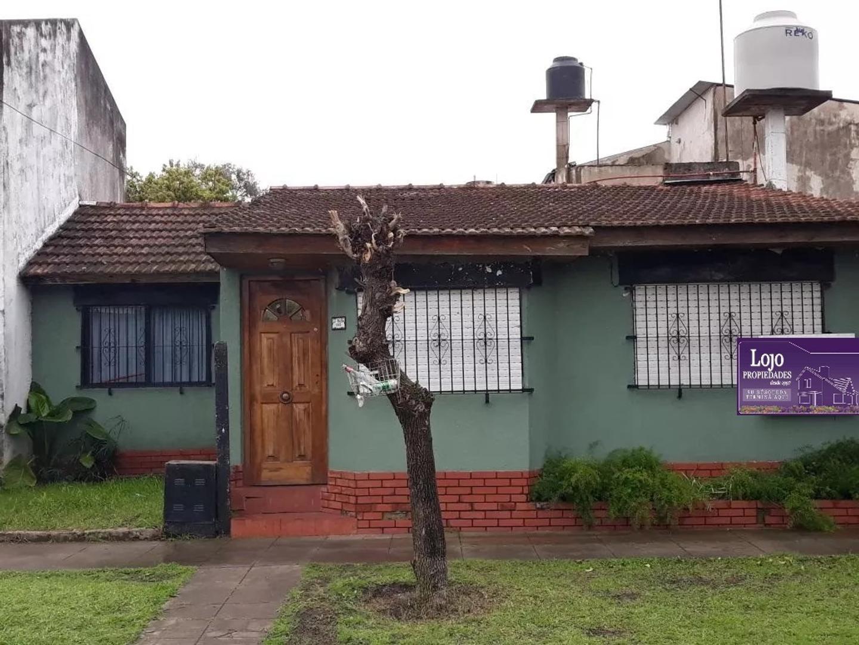 CHALET DE 4 AMBIENTES EN PADUA SUR (1994)