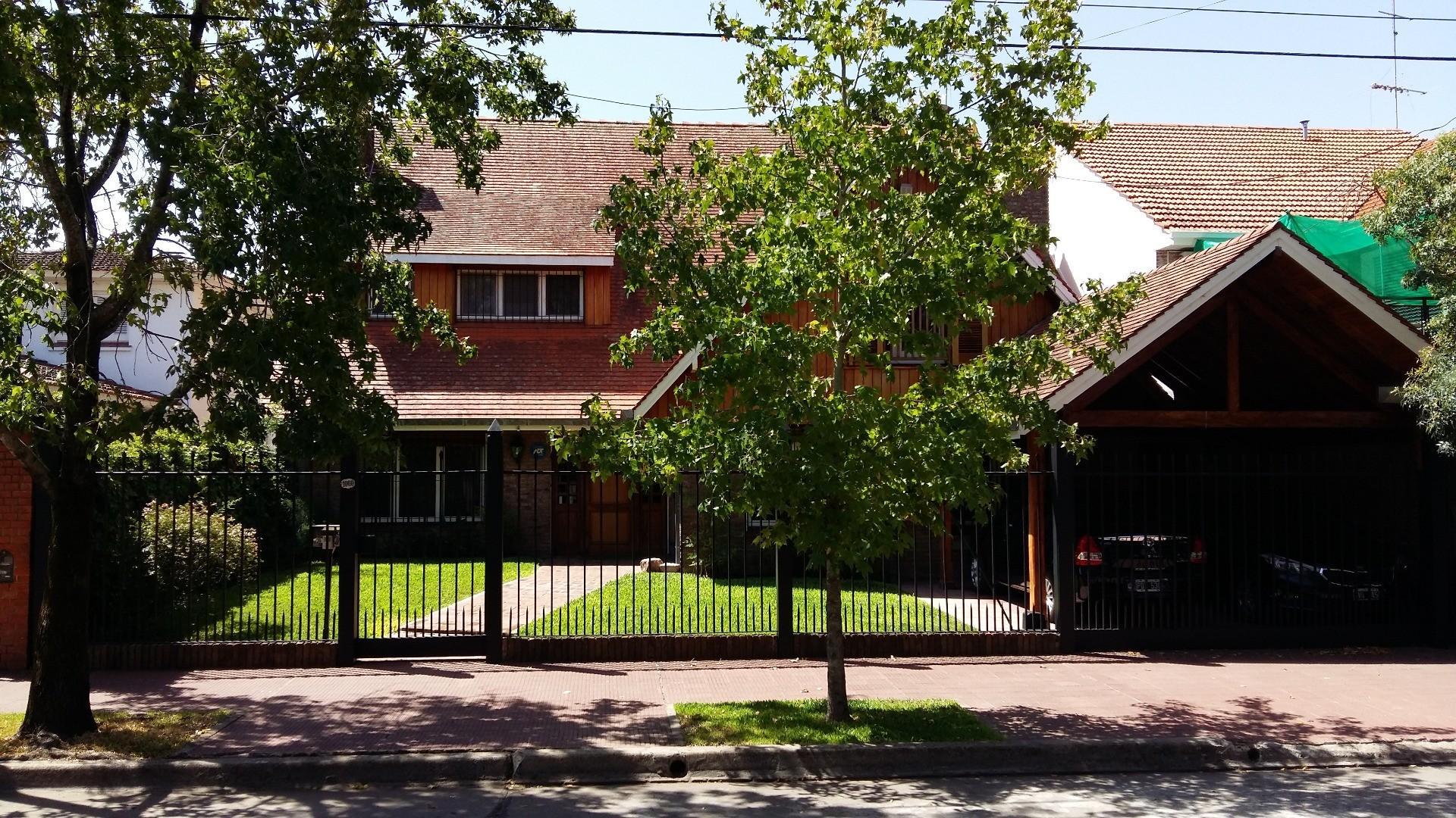 Casa en venta, Acassuso, San Isidro