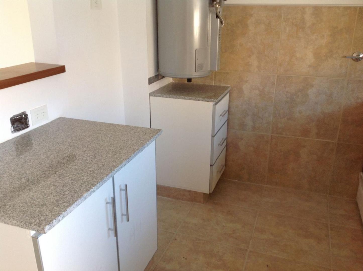 Casa  en Venta ubicado en El Nacional, Zona Oeste - OES0927_LP121855_1