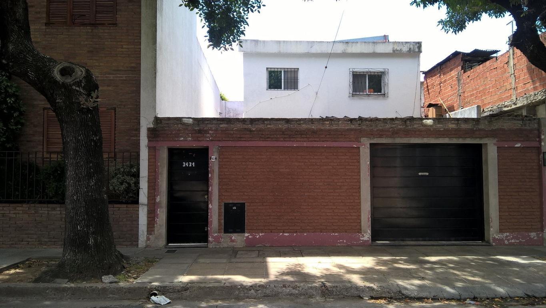 VENTA CASA VILLA URQUIZA- 4 amb.- 2 PATIOS D/COCHERA- BERTHELOT 3400