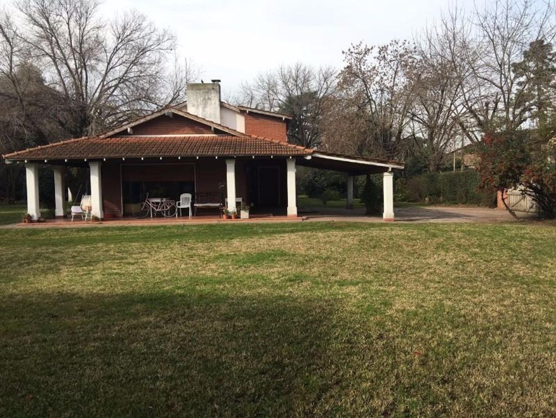 Excelente casa quinta en San Miguel