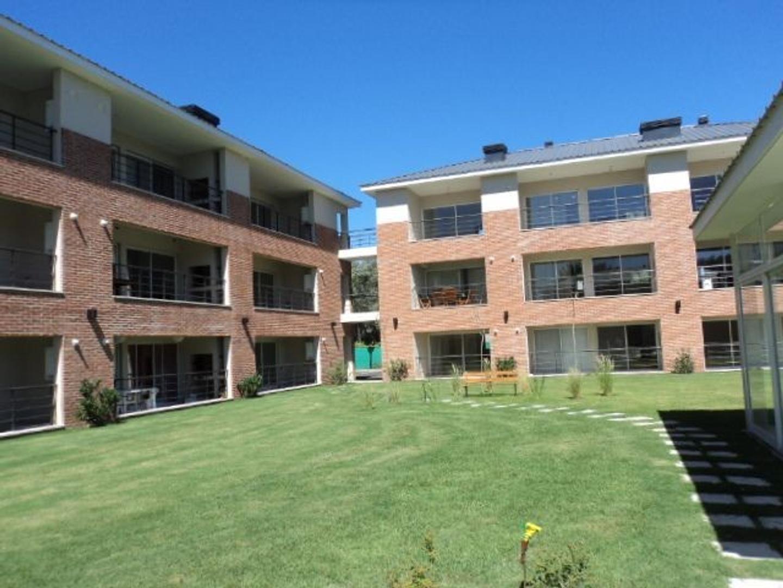 Departamento  en Venta ubicado en Pilar, Pilar y Alrededores - PIL2590_LP2267_1