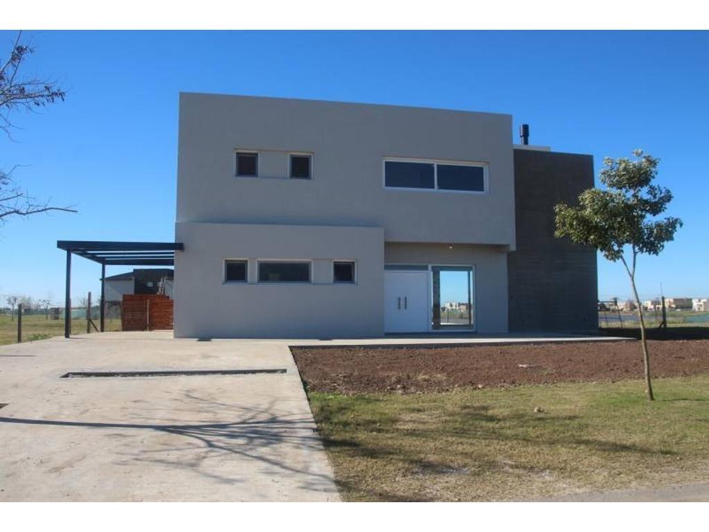 Casa en Venta - USD 360.000 - El Canton Islas